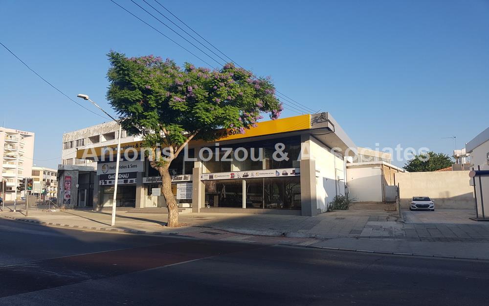 Shop in Limassol (Agios Ioannis) for sale