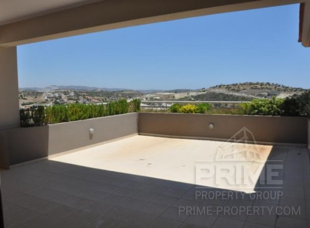 Penthouse in Limassol (Agios Tychonas) for sale