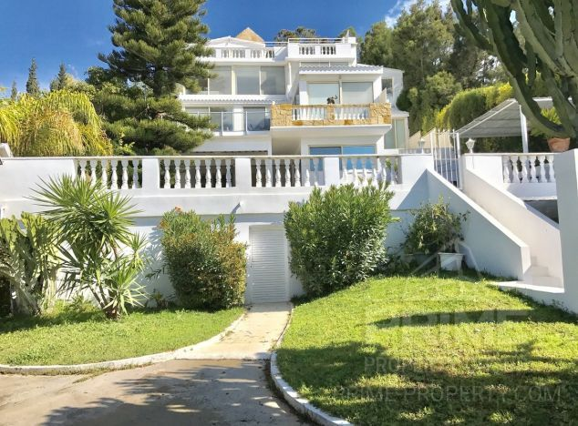 Sale of villa, 500 sq.m. in area: Agios Tychonas -