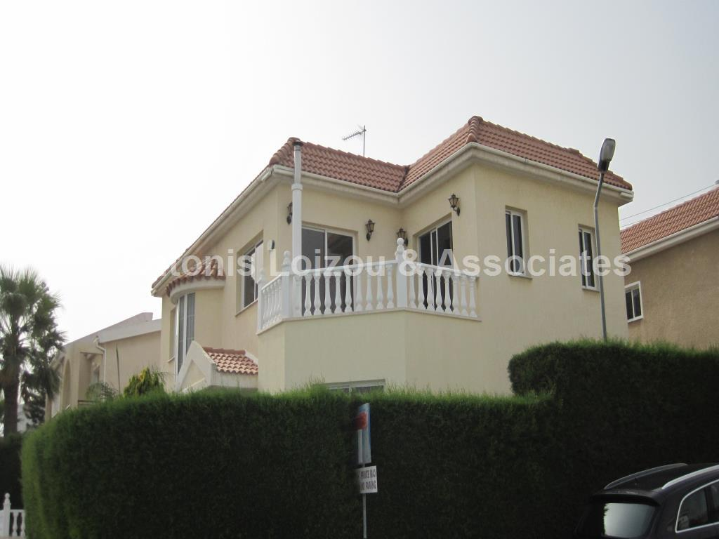 Detached House in Limassol (Agios Tychonas) for sale