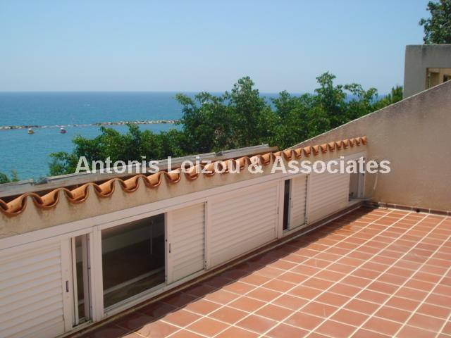 Semi detached Ho in Limassol (Agios Tychonas) for sale