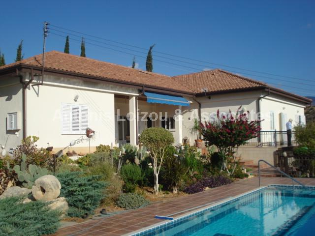 Detached House in Limassol (Akrounta) for sale