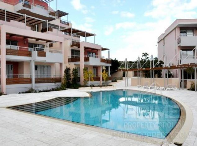 Penthouse in Limassol (Amathunda) for sale