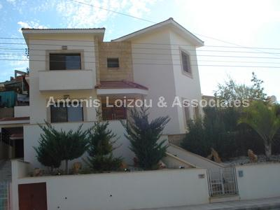 Detached House in Limassol (Agia Phyla) for sale