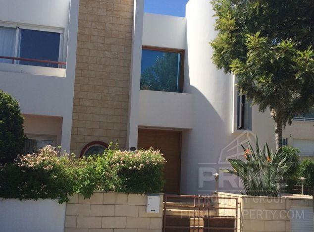 Sale of villa, 320 sq.m. in area: City centre -