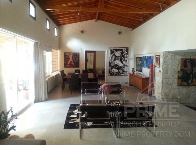 Villa in Limassol (City centre) for sale