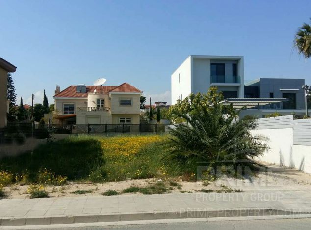 Land in Limassol (Crown Plaza) for sale
