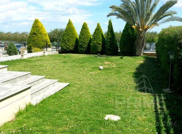 Sale of villa, 250 sq.m. in area: Episkopi -