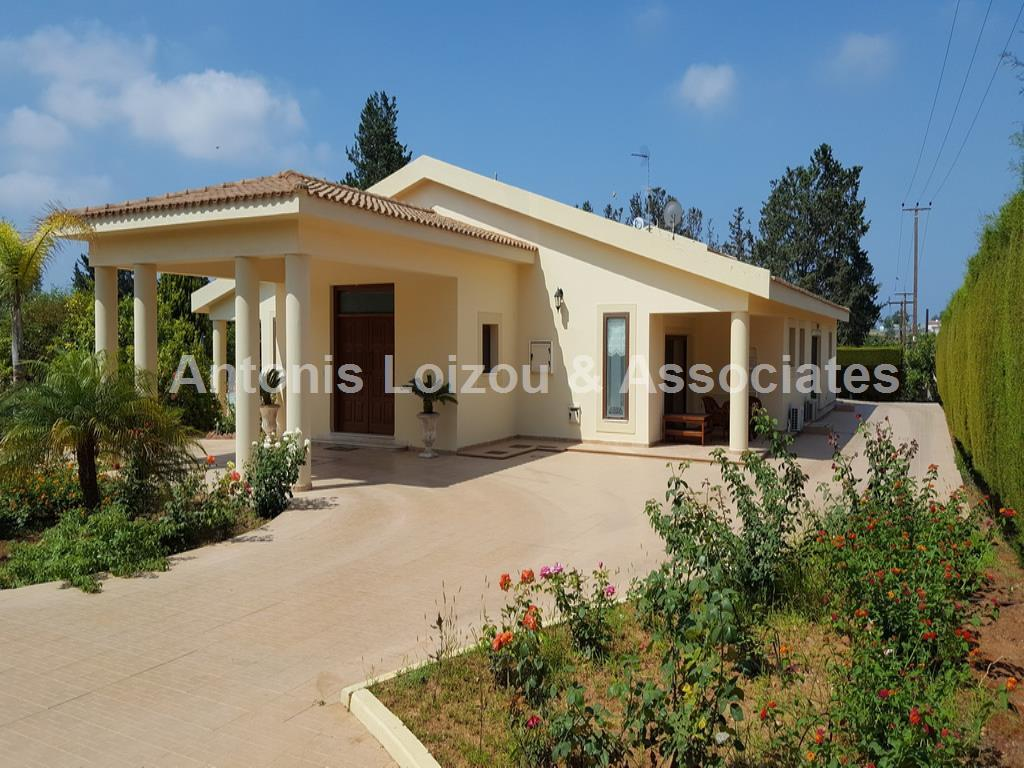Villa in Limassol (Erimi) for sale