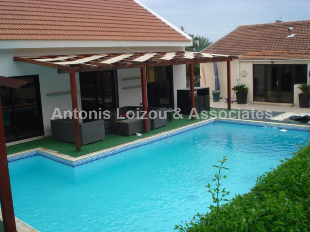 Bungalow in Limassol (Erimi) for sale