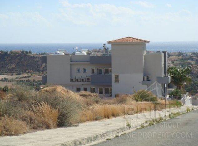 Sale of building, 515 sq.m. in area: Germasogeia Village - properties for sale in cyprus
