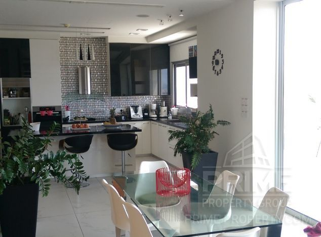 Sale of villa, 355 sq.m. in area: Green Area - properties for sale in cyprus