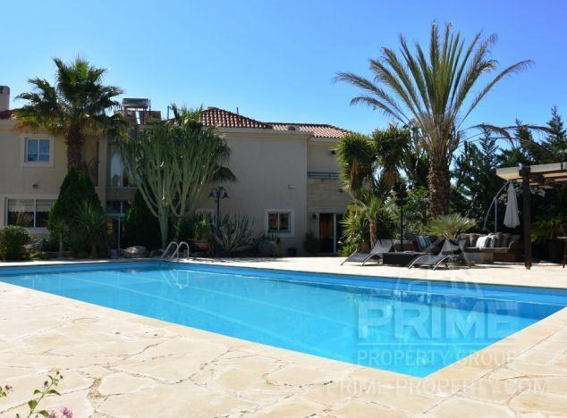 Villa in Limassol (Kalogiri) for sale