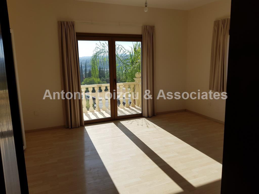 5 Bedroom Villa in Kalogyroi properties for sale in cyprus