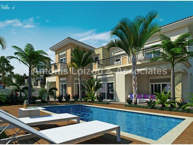 Detached Villa in Limassol (Le Meridien) for sale
