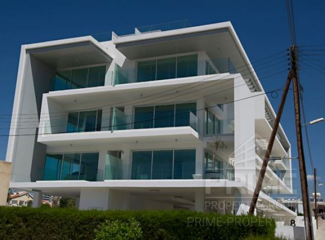 Garden Apartment in Limassol (Mesa Geitonia) for sale