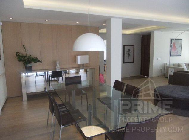 Villa in Limassol (Mesa Geitonia) for sale