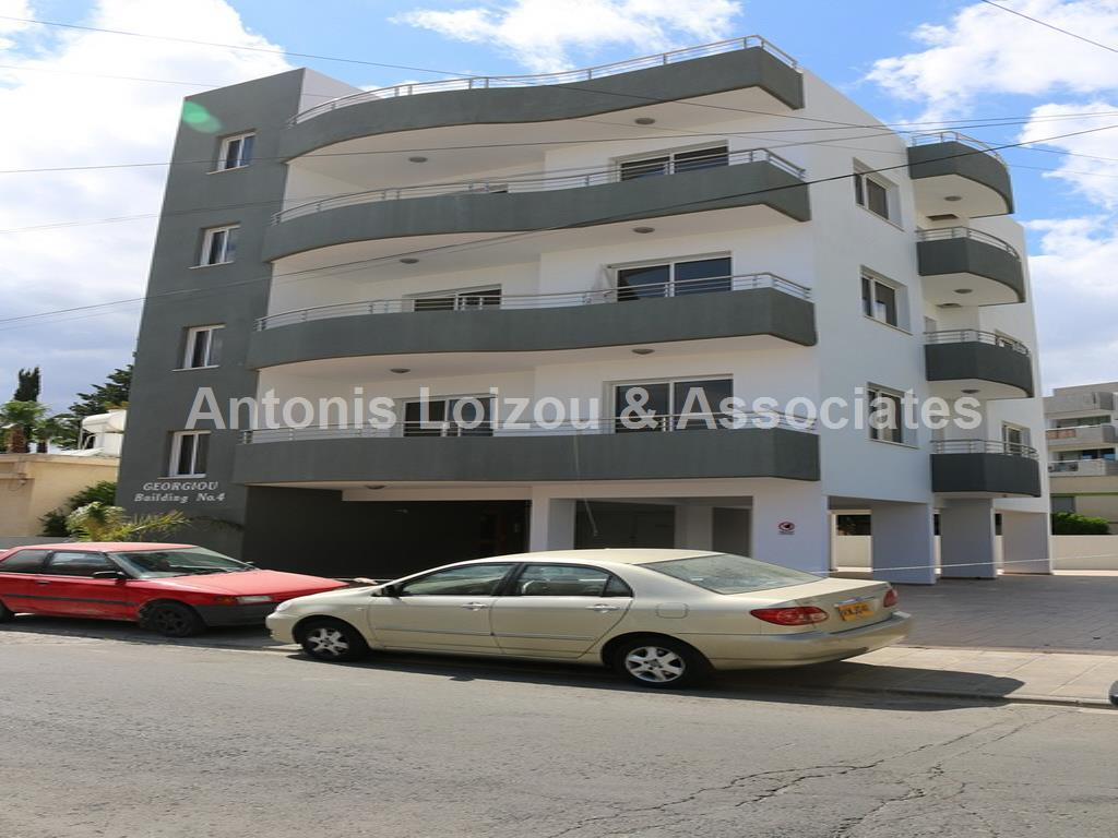 Entire floor apa in Limassol (Mesa Geitonia) for sale