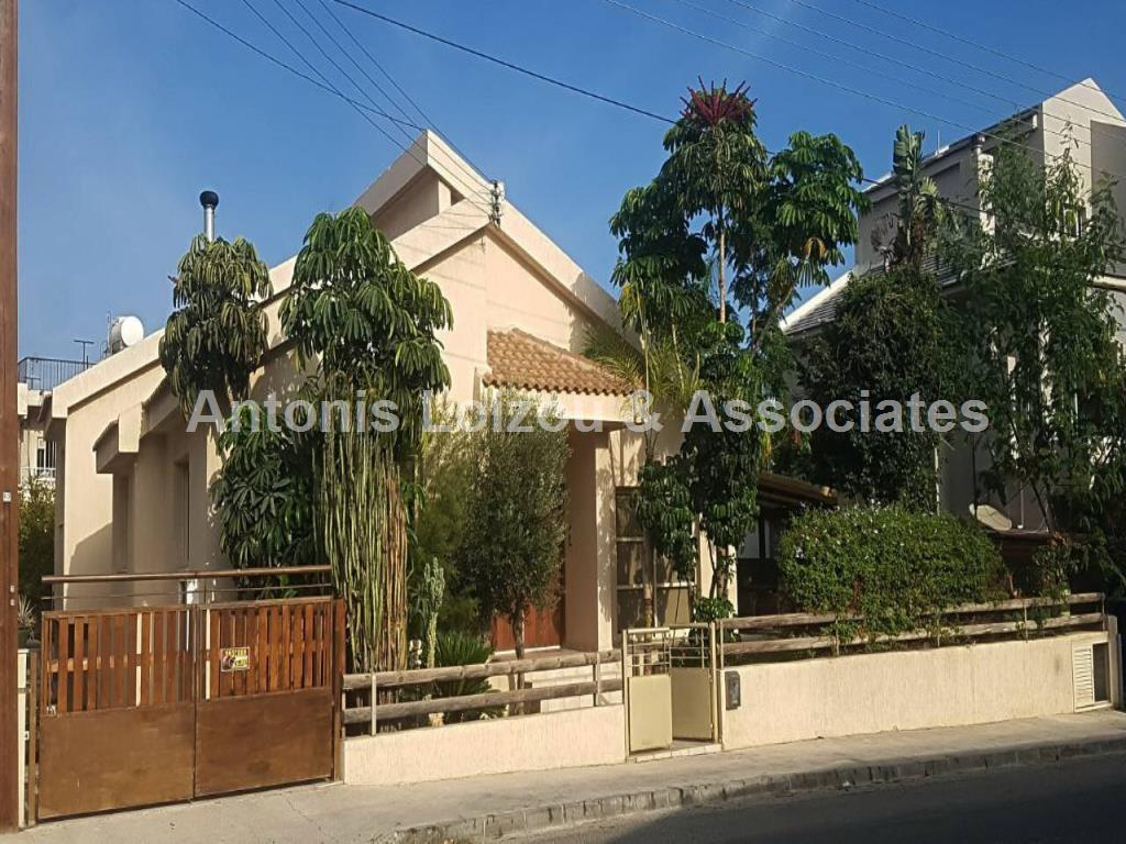 Bungalow in Limassol (Mesa Geitonia) for sale