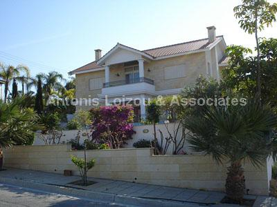 Detached Villa in Limassol (Mesovounia) for sale