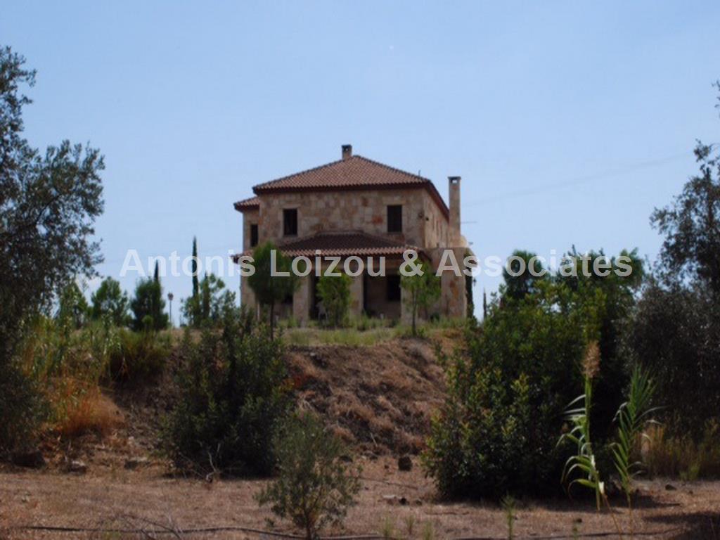 Villa in Limassol (Moni) for sale