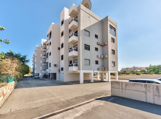 Apartment in Limassol (Mouttagiaka) for sale