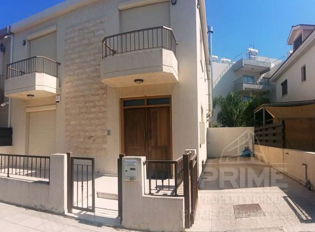 Townhouse in Limassol (New port) for sale