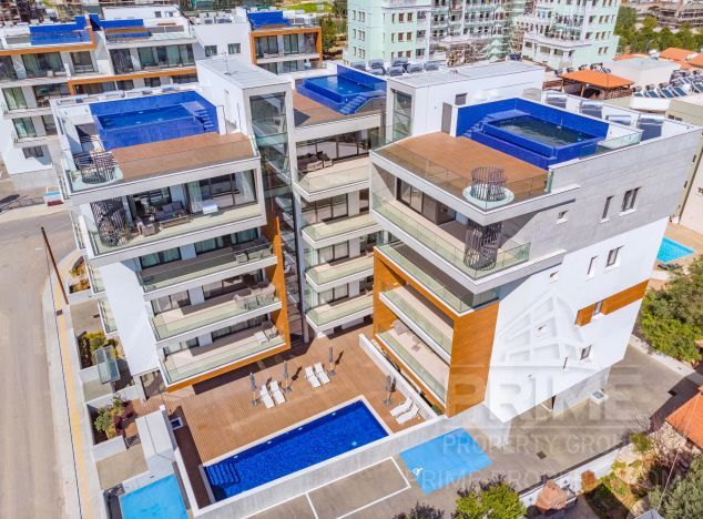 Sale of penthouse, 265 sq.m. in area: Papas - properties for sale in cyprus
