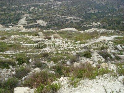 Land in Limassol (Paramali) for sale