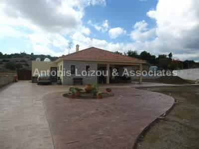 Detached Bungalo in Limassol (Pareklisia) for sale