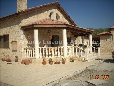 Detached Villa in Limassol (Pareklisia) for sale