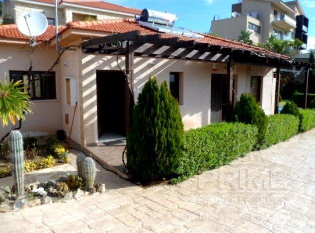 Bungalow in Limassol (Pareklissia) for sale