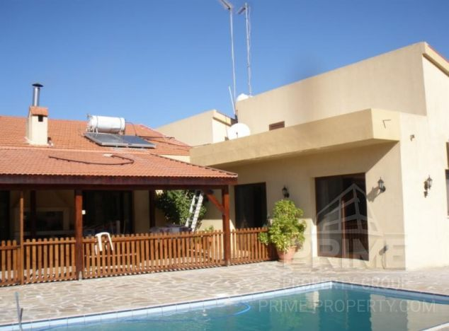 Villa in Limassol (Pareklissia) for sale