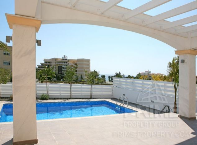 Villa in Limassol (Parklane) for sale