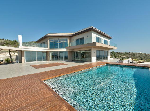 Sale of villa, 840 sq.m. in area: Parklane - properties for sale in cyprus