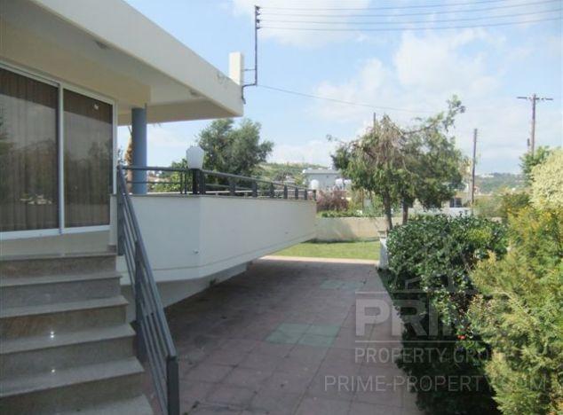 Villa in Limassol (Polemidia) for sale