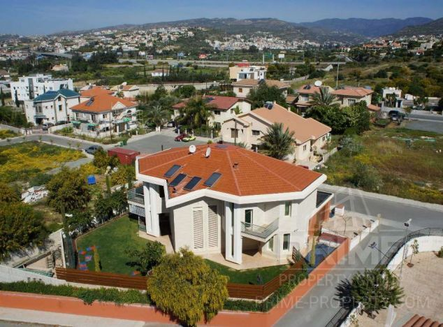 Sale of villa, 435 sq.m. in area: Potamos Germasogeias - properties for sale in cyprus
