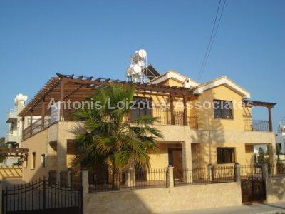 Semi detached Ho in Limassol (Potamos Yermasoyia) for sale