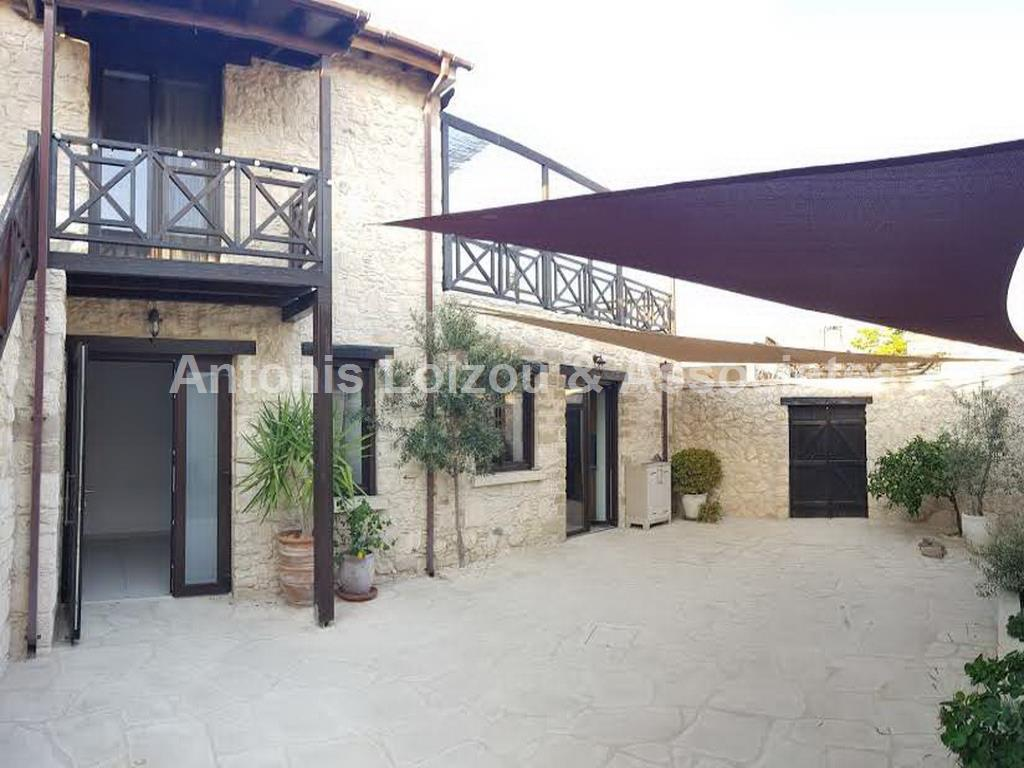 Traditional House in Limassol (Pyrgos) for sale