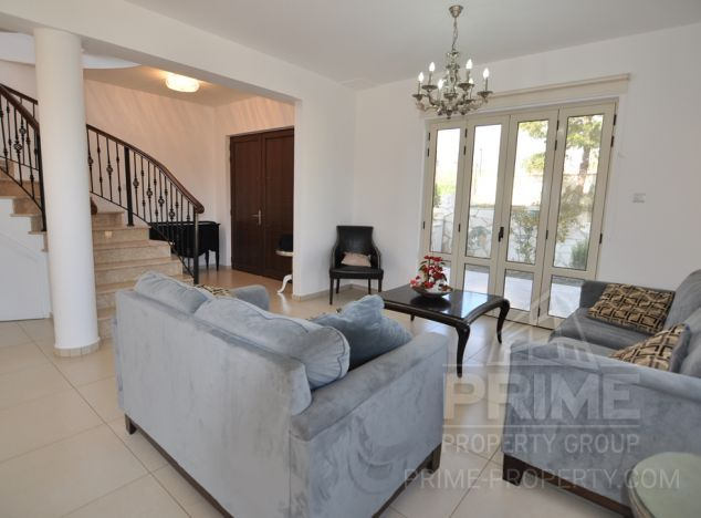 Sale of villa, 200 sq.m. in area: Pyrgos - properties for sale in cyprus