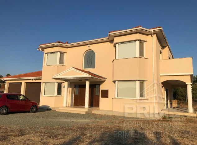 Sale of villa, 371 sq.m. in area: Pyrgos - properties for sale in cyprus
