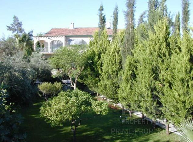 Sale of villa, 378 sq.m. in area: Pyrgos - properties for sale in cyprus