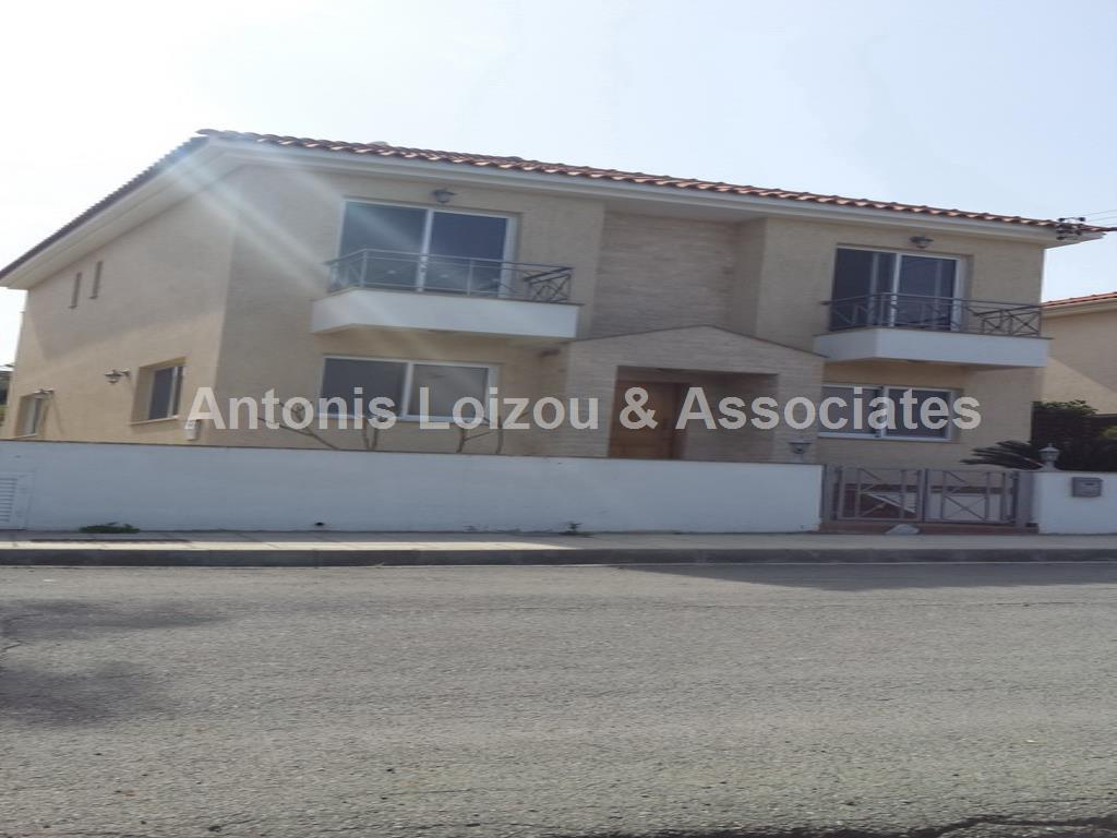 Three bedroom Detached house in Pyrgos  properties for sale in cyprus