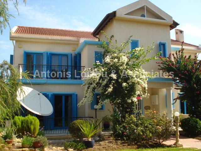 Villa in Limassol (Pyrgos) for sale