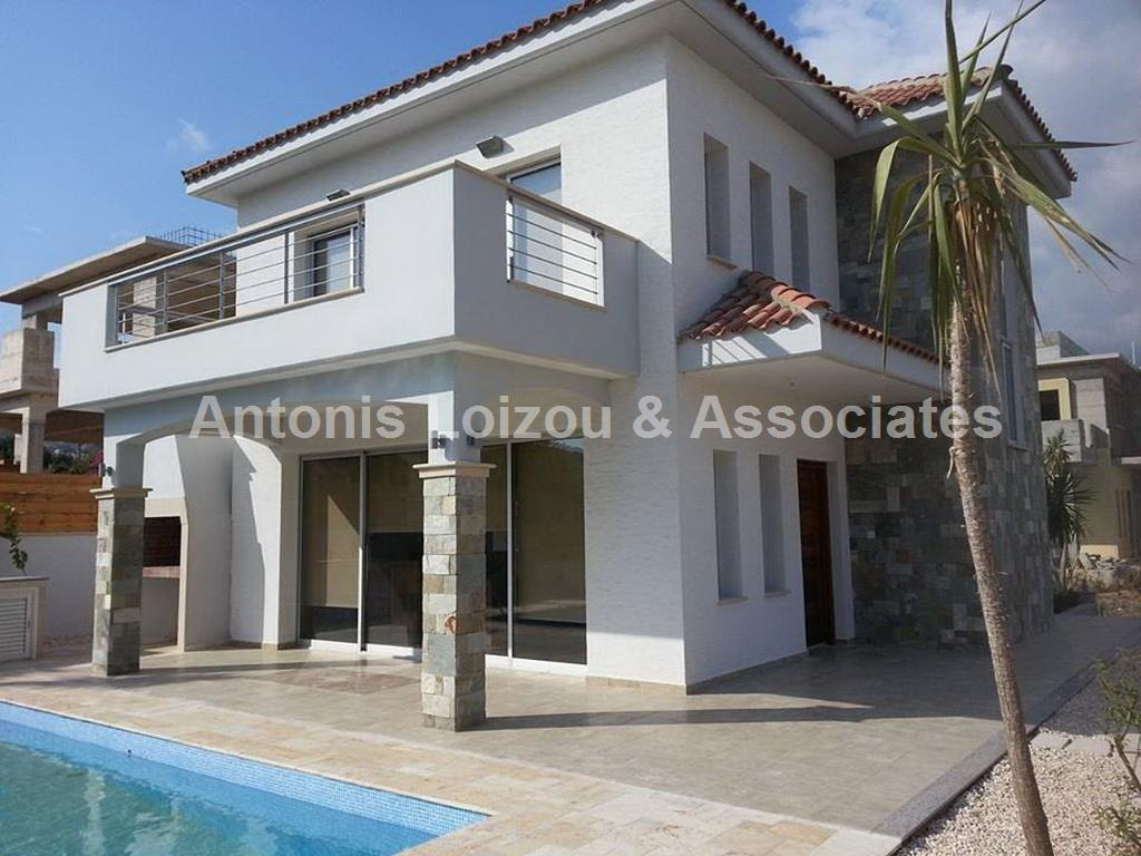 Detached House in Limassol (Pyrgos) for sale