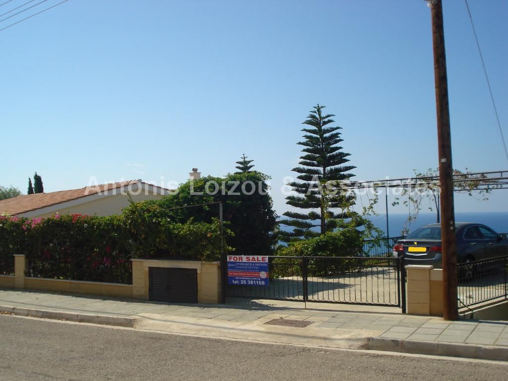 Detached Bungalo in Limassol (Secret Valley) for sale