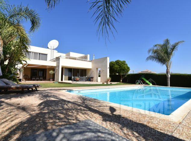 Sale of villa, 350 sq.m. in area: Sfalagiotissa -