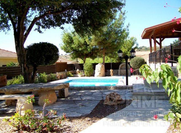 Villa in Limassol (Souni) for sale