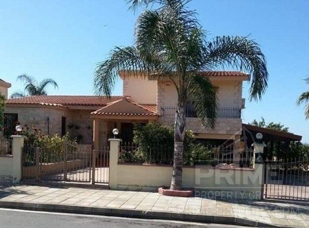 Sale of villa, 280 sq.m. in area: Trachoni - properties for sale in cyprus