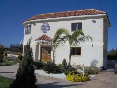 Villa in Limassol (Ypsonas) for sale